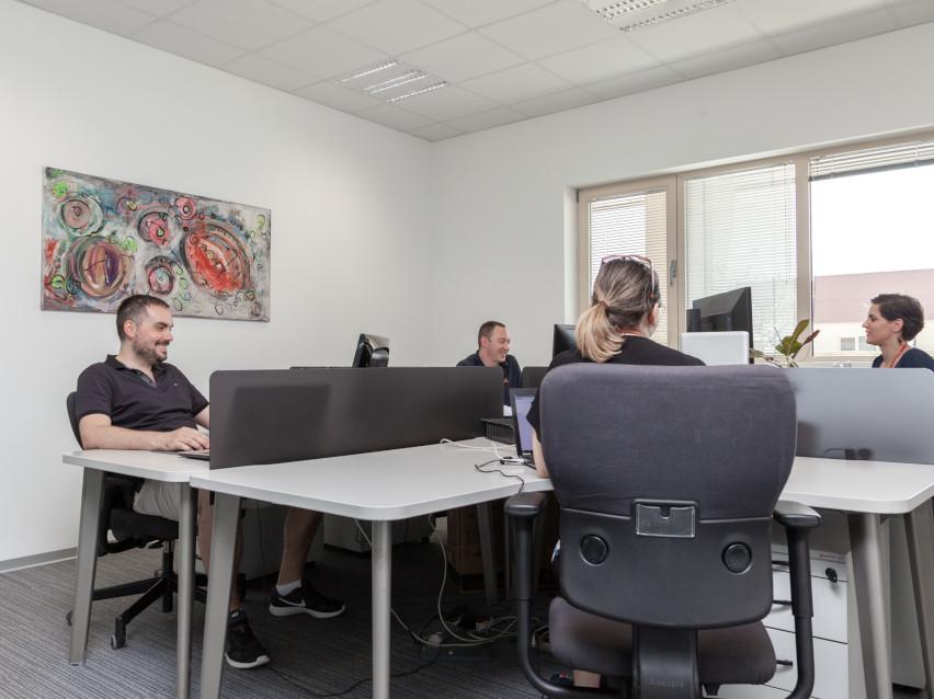 Büro für 4 Personen