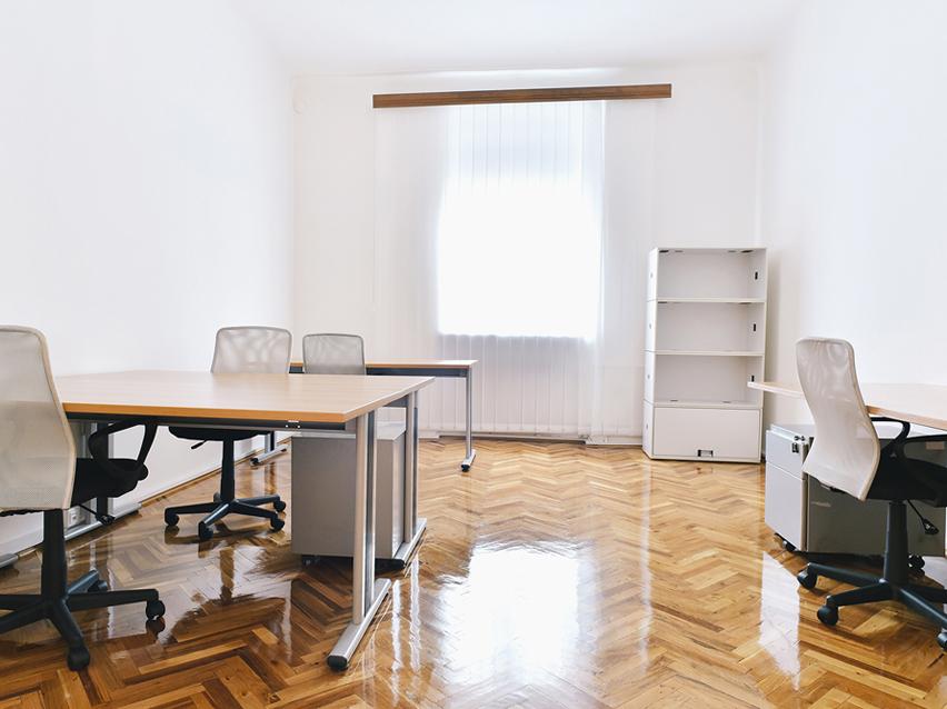 Das Büro für 4 Personen – Stadtzentrum